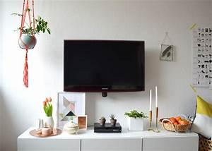 Fernseher An Der Wand : fernseher an der wand und receiver m bel und heimat design inspiration ~ Sanjose-hotels-ca.com Haus und Dekorationen