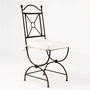Pied En Fer Forgé : chaise en fer forg tina 4 pieds tables chaises et tabourets ~ Teatrodelosmanantiales.com Idées de Décoration