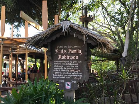 swiss family treehouse magic kingdom walt disney world