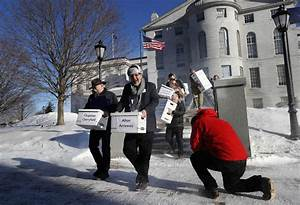Judge orders Maine to allow voters to rank candidate ...
