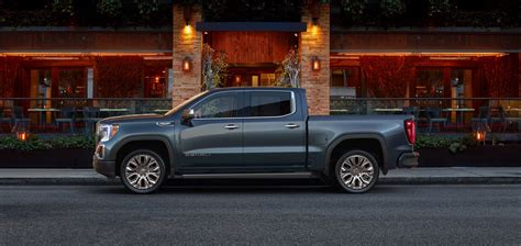 2019 Gmc Truck by 2019 1500 Carbon Fiber Bed More To Come Gm Authority