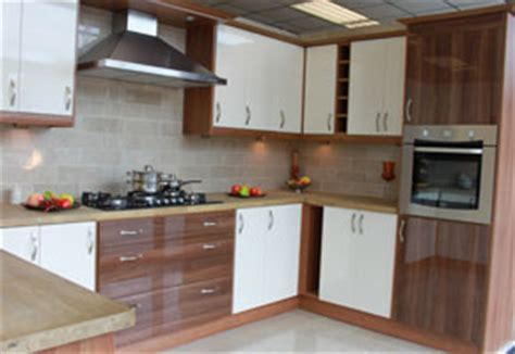 Kitchens Wolverhampton   Cheap kitchens Wolverhampton