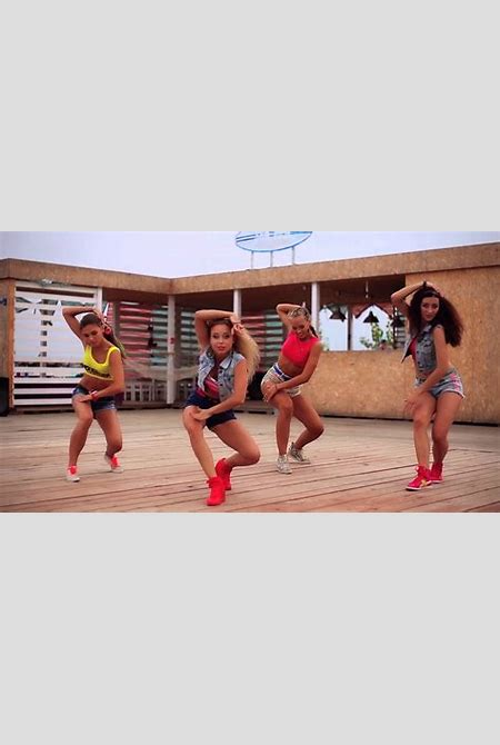 "Major Lazer - ""Watch out for this"" dance super video by DHQ Fraules - YouTube"
