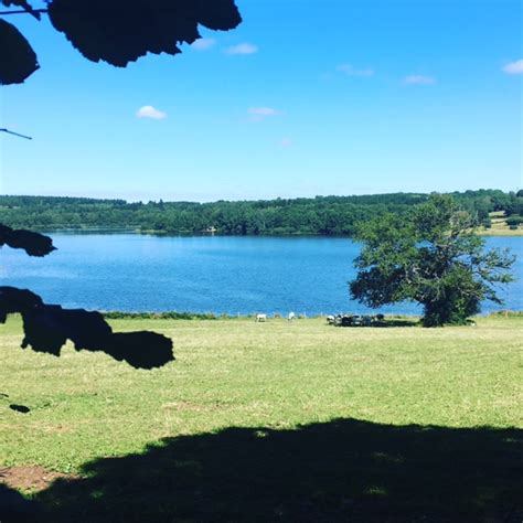 un petit tour à avallon et au lac de st agnan e zabel