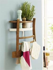 Upcycling: So wird aus einem Stuhl ein Küchenregal Wohnidee