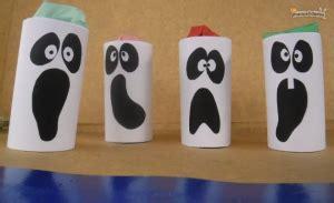 Fantasmas con el cartón del rollo del papel higiénico