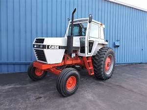 1981 J I  Case 2090 Tractor
