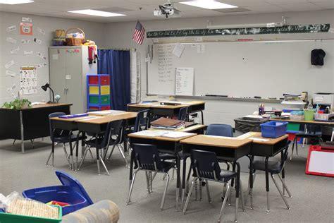 classroom desk arrangements dandelions and dragonflies new and desk setup