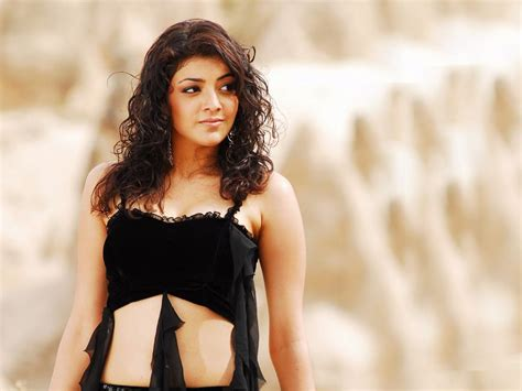 hot top  kajal aggarwal wallpapers hd images