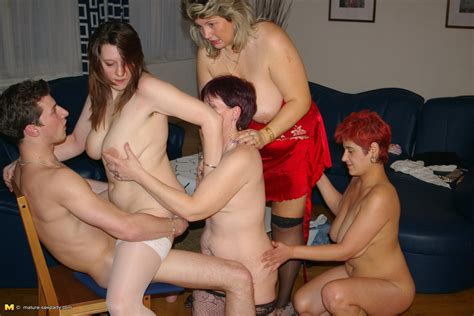This Lucky Dude Is The Centre Of One Hot Mature Sexparty