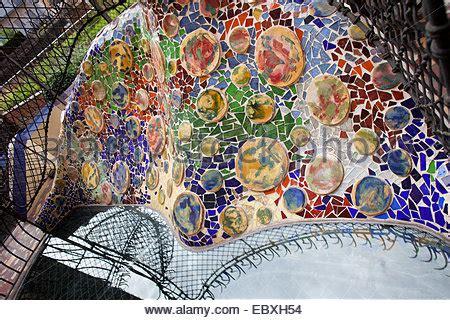 mosaico piastrelle rotte mosaico di piastrelle rotte in colore foto immagine