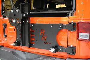 Rock Hard 4x4 U2122 Freedom Series Body Mount Tire Carrier For