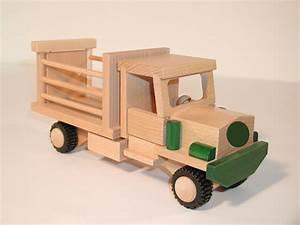 Holzauto Selber Bauen : mini truck tiertransporter lkw aus holz holzauto ~ A.2002-acura-tl-radio.info Haus und Dekorationen