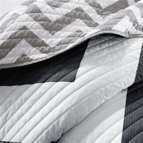 Mizone Libra Coverlet Set by Mizone Libra Coverlet Set Black