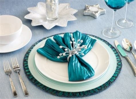 beautiful  sparkling  year table settings digsdigs