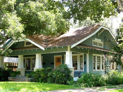 Historic Color Schemes For The Bungalow  Ranch Style Homes