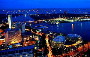 Merlion Park - No.1 Tourist Attraction of Singapore