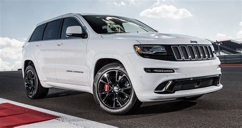 2018 Jeep Grand Cherokee Trackhawk Review, Interior And Photos
