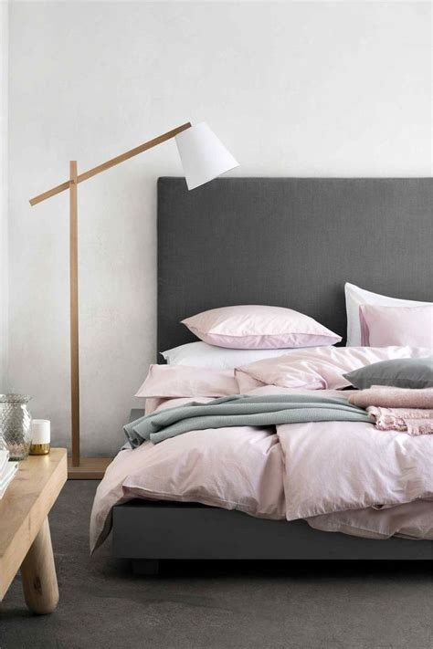 linge de chambre chambre et gris idées déco trendy pour adulte et enfant