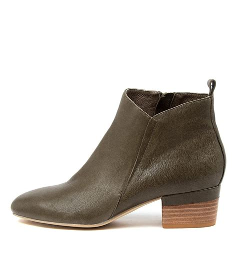 They are a timeless ankle boot that will make the perfect match to all your winter. Diana Ferrari Gippa Df Olive Ankle Boots - Trending Shop