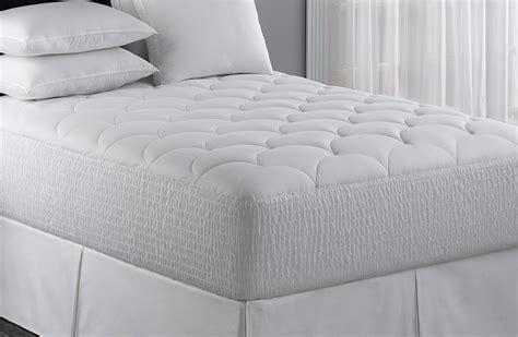 hotel mattress topper buy luxury hotel bedding from marriott hotels mattress