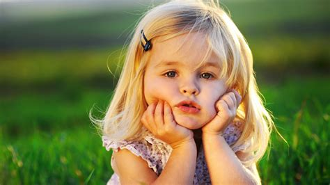 Cute Little Baby Girl Wallpapers Hd Wallpapers Id 9651