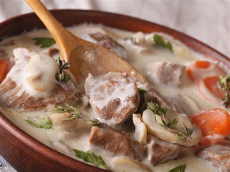 cuisiner une blanquette de veau blanquette de veau de marielle recette de blanquette