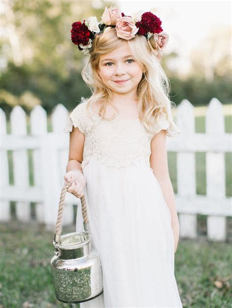 25 Flower Girl Alternatives To The Traditional Petal Toss