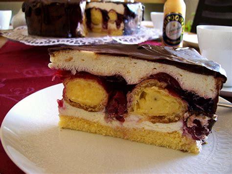 kirsch sahne eierlikör rezept cremige kirsch sahne torte mit