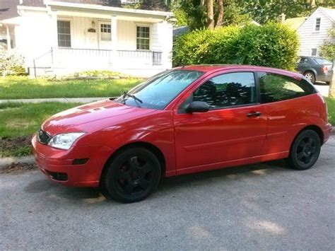 purchase   ford focus dr hatchback zx