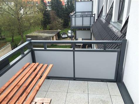 überdachung balkon selber bauen balkon sichtschutz aus bambus selber bauen anleitung mit