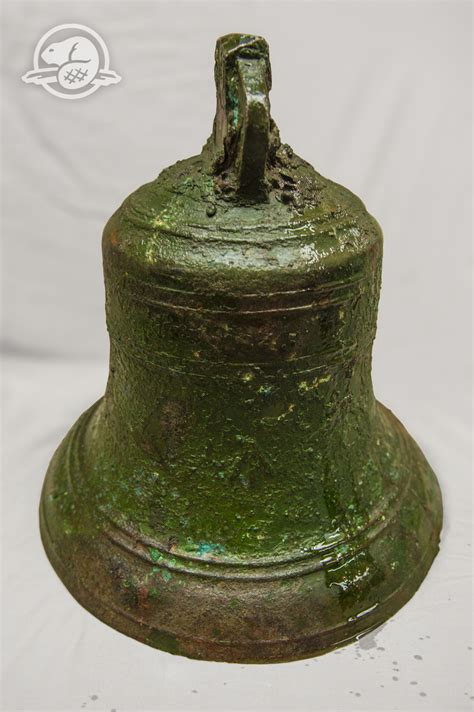 ottawa shows  bell recovered  hms erebus macleansca