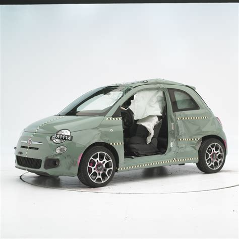 Fiat Safety by Tiny Fiat 500 Earns Iihs Top Safety