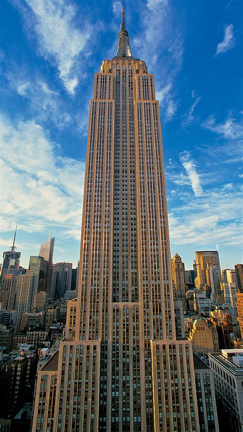 d 233 co empire state building