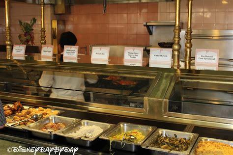 disney cuisine palace dining