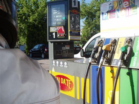 italian gas station photo