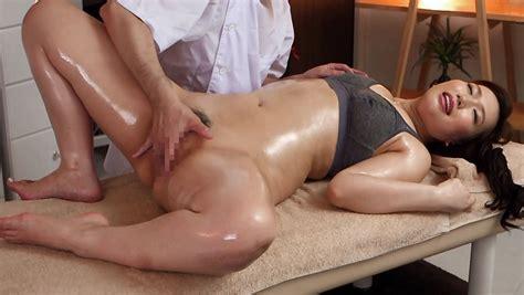 Ai Sayama In Ai Sayama Gets A Full Body Massage