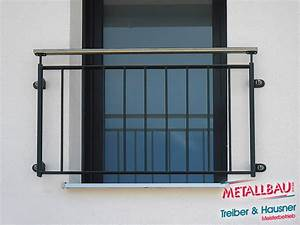 Französischer Balkon Pulverbeschichtet : metallbau treiber hausner franz sische balkone etagenwohnung balkon luftig luft ~ Orissabook.com Haus und Dekorationen