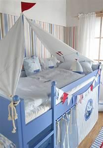 Decoration Chambre Style Marin : le lit baldaquin enfant comment faire la d co pour la ~ Zukunftsfamilie.com Idées de Décoration