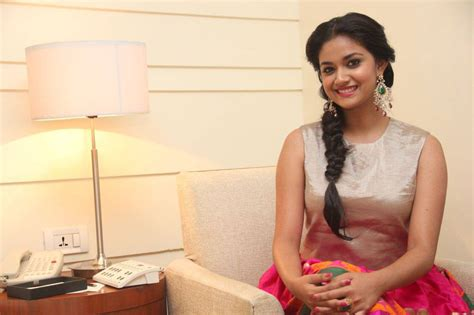 actress keerthi suresh mobile number keerthi suresh hot sexy mobile number personal photo age