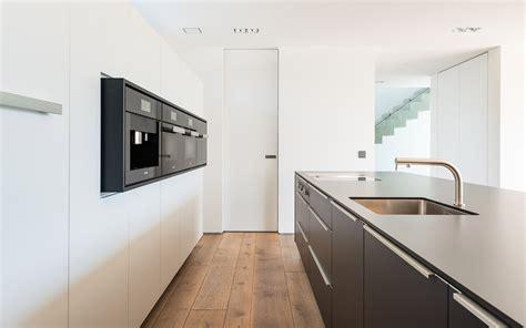 Bilder Küche Schwarz Weiß k 252 chen manufaktur k 252 che schwarz wei 223