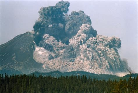 Earthquake Swarm Shakes Mount St Helens