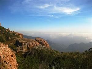 Santa Monica Mountains | Hiking Librarian