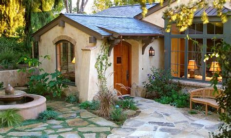 cottage style homes paint colors for cottage homes cottage style homes