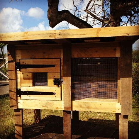 pallet chicken coop wooden rabbit hutch easy pallet ideas