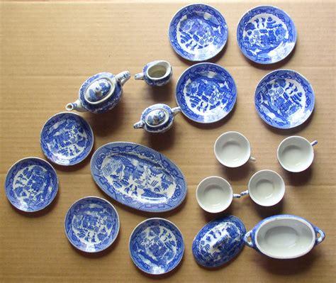vintage occupied japan childs blue willow tea set