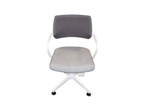 chaise steelcase chaise qivi steelcase modèles d 39 exposition à petit prix