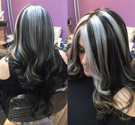 chic highlight ideas   brown hair