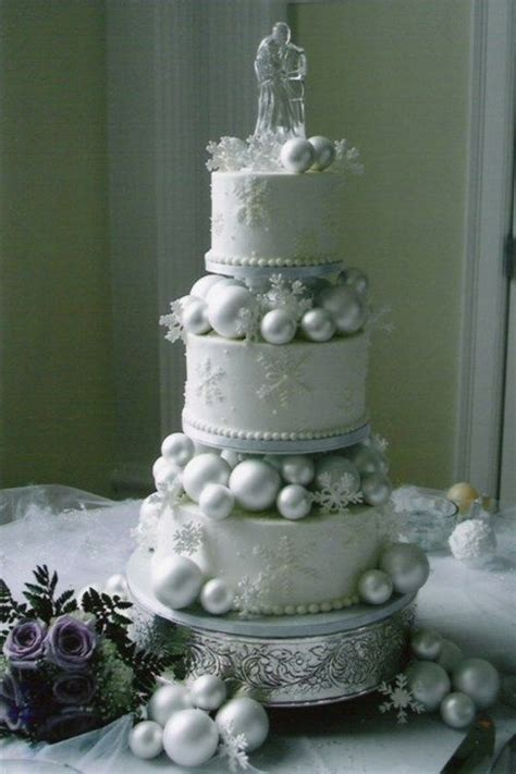 super dreamy winter wonderland wedding cakes