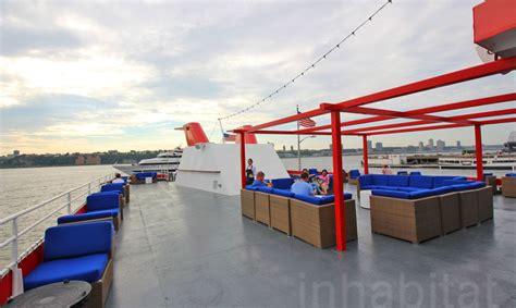 fish bar  north river landing drink  dine aboard